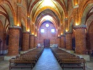 morimondo interno chiesa