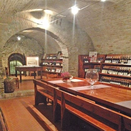 NEIVE, Bottega dei 4 vini
