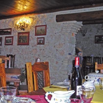 Casteldelmonte, La Locanda delle Streghe