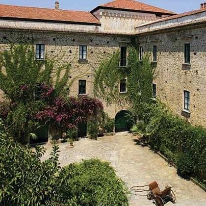 Castellabate, Palazzo Belmonte