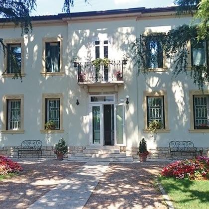 San Giorgio, Villa dei Pini