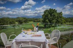 villaverde-Aperitivo-dalla-terrazza-della-Club-House_019